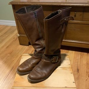 Women's Timberlands knee high boots size 9.5